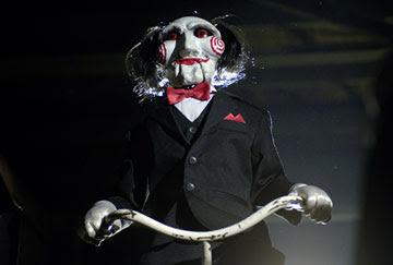 http://2.bp.blogspot.com/_iKa-Qnc1N7Y/S4fxCzNVMbI/AAAAAAAABFc/jWlz0r8MG1E/s400/saw2_clown.jpg