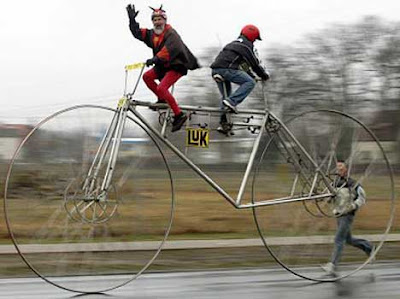 4 Worlds Weirdest and Largest Bikes