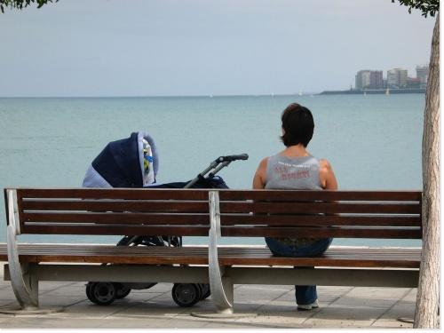 http://2.bp.blogspot.com/_iLelluH8Baw/TL_IITeHsxI/AAAAAAAAAjo/QS_83k0Dlqg/s1600/maman+solo.jpg
