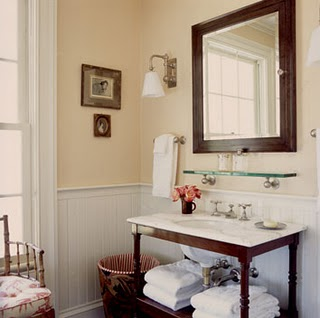 how to keep bathroom mirror from fogging