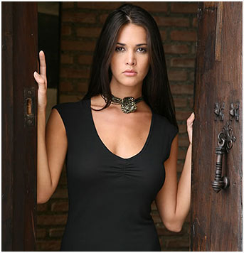 aurelia hispanic single men Which men do latin women prefer dating advice with elianis garrido  dating a latina  latin women, black men including the afrocolombians .