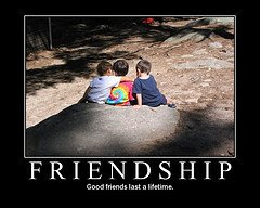 Ada masa kita perlu seseorang teman agar kita tidak kesunyian.