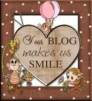 Smile Blog Award From Sweet Sue : )