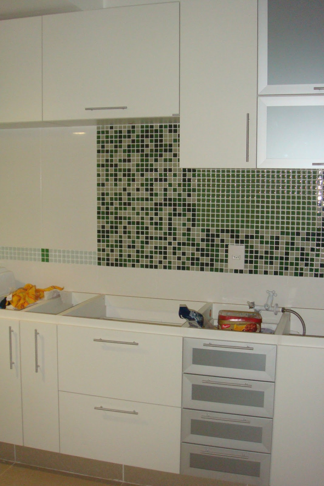 GRANDE reforma da minha pequena cozinha: Em fim os armários  #B37510 1067 1600