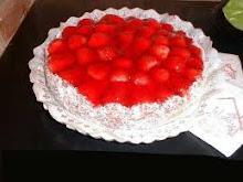 CHEESE CAKE FRUTILLA - RINDE 12 PORCIONES