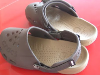 malaysia croc shoes
