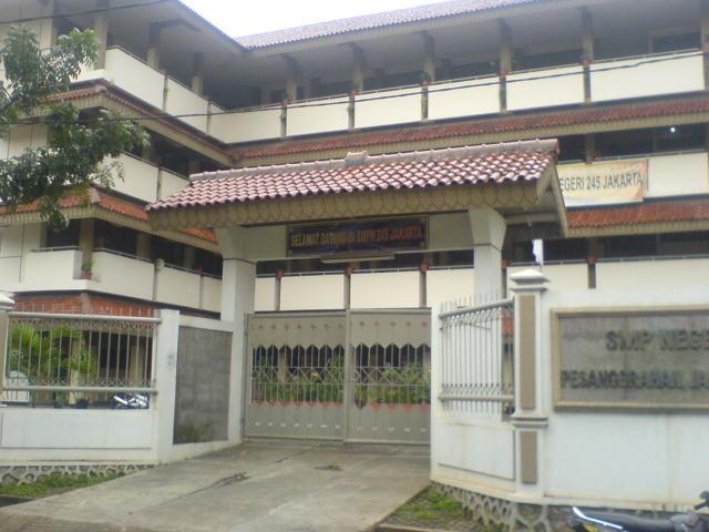 SMPN 245 JAKARTA