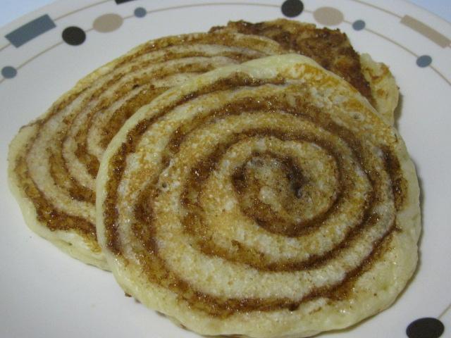 Anissa's Kitchen: Cinnamon Roll Pancakes