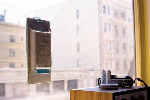 Conceived Charger Solar Battery