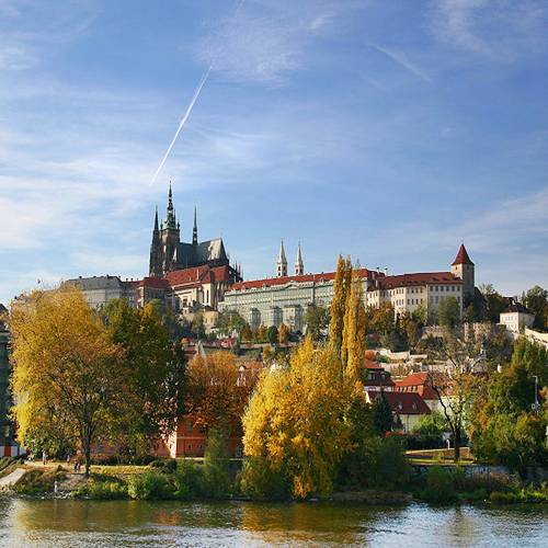 Prague Castle: World's Largest Ancient Castle