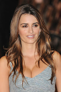 Penelope Cruz Hair, Long Hairstyle 2013, Hairstyle 2013, New Long Hairstyle 2013, Celebrity Long Romance Hairstyles 2299