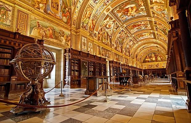 واشهر مكتبة العالم Libraries_013.jpg