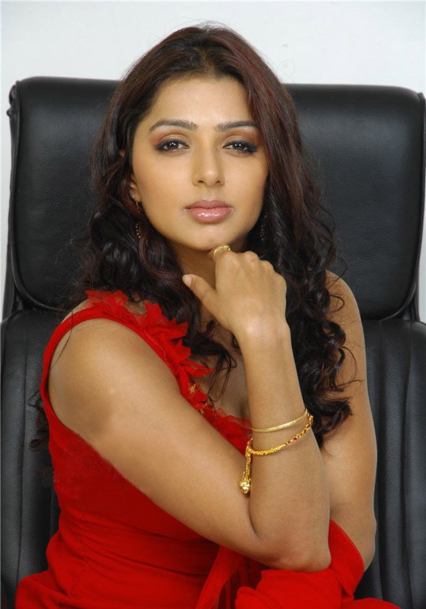Sexy Photos Of Actress Bhumika Chawla