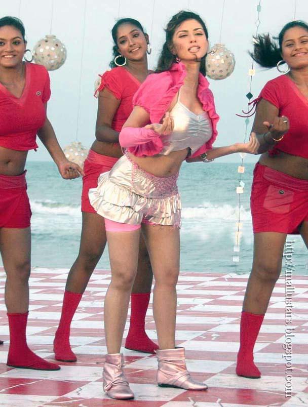 Sexy Photos of Telugu Actress Gowri Pandit