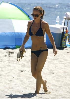 Christina+Ricci+bikini