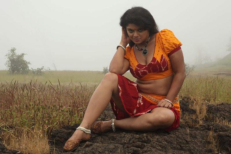 hot tamil actresses swathi verma from tamil movie devathasiyin kadhai    Tamil Movie Hot Wallpapers