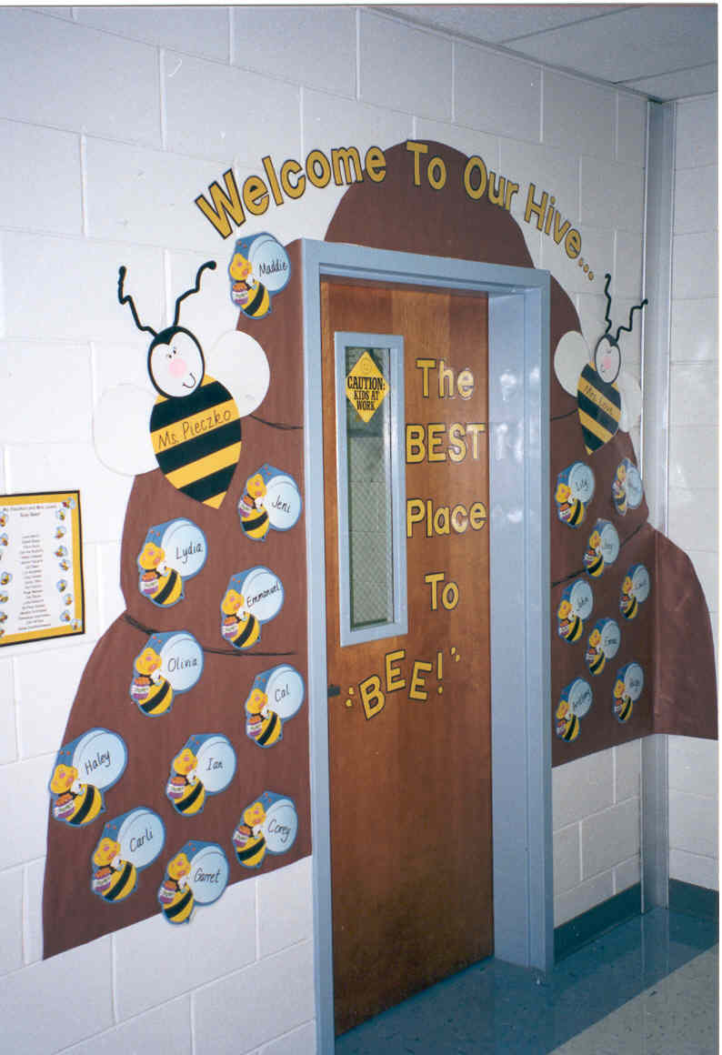 Spring decorations for classroom door my classroom door decorated - Welcome Back To School Bulletin Boards Images Amp Pictures