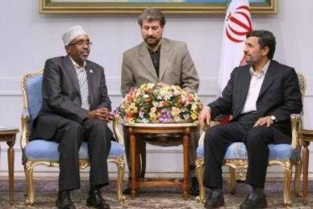 http://2.bp.blogspot.com/_iYHUDnf44gw/TUdoCADygVI/AAAAAAAAOtw/maJBekM7JD4/s1600/met-with-Iran-Ahmedinajad1.jpg