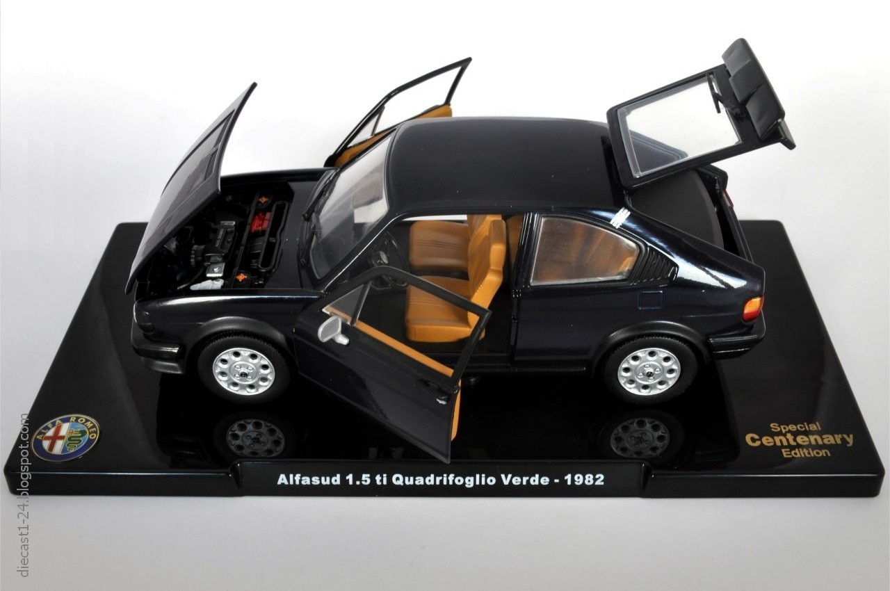 italian cars club afficher le sujet nouvelle. Black Bedroom Furniture Sets. Home Design Ideas