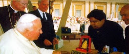 الداتو فيجاي اسوران يلتقي البابا يحونا بولص الثاني