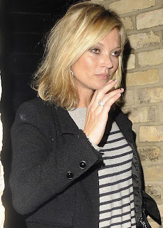 Kate Moss keeps 100 cigarettes with her