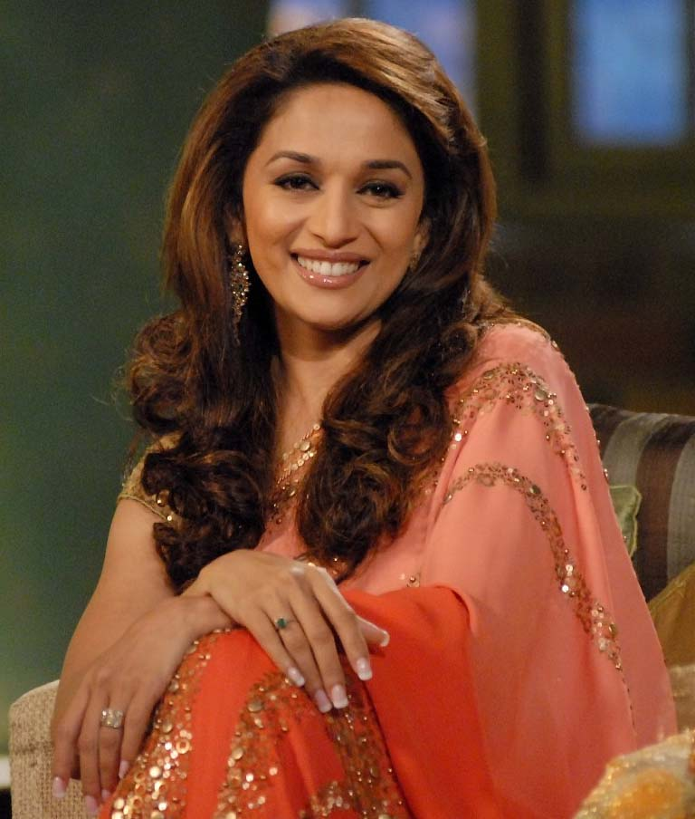 Madhuri Dixit To Play Sonam Kapoors Mother Miss Players