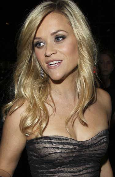 Reese Witherspoon Ring Pictures. reese witherspoon engagement