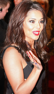 Cheryl Cole gets a new tattoo