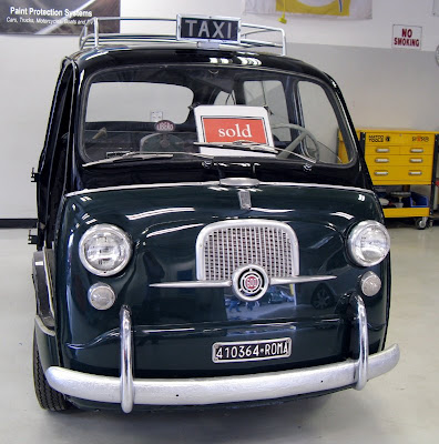 Roman taxi very interesting Fiat 600