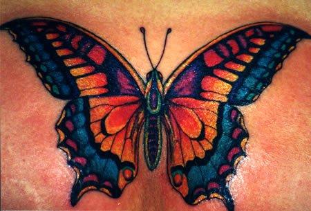 Tatuagens de borboletas realistas