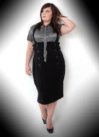 MODA GOTICA PARA MAMAS GOTICAS GORDITAS Plus_size_fashion3