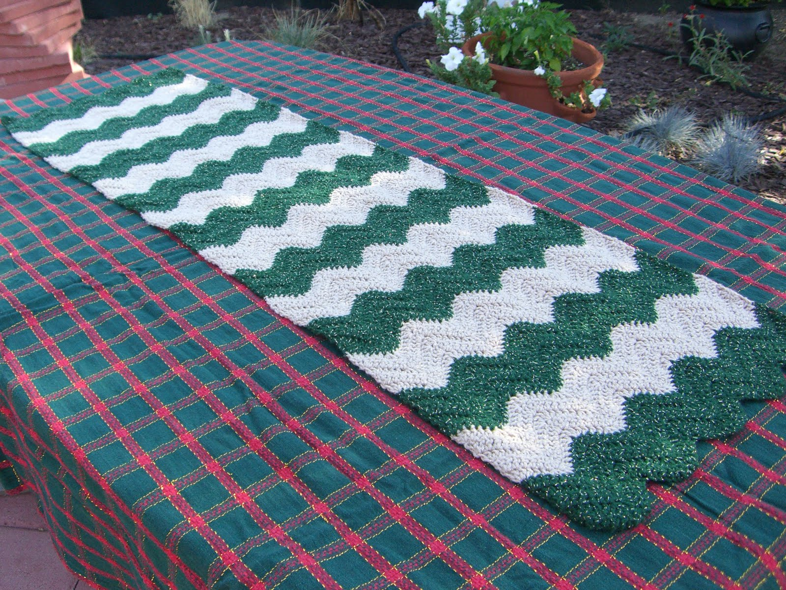 Fun Crafts For All: Crochet Table Runner