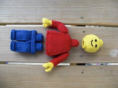 Amigurumi Lego Man : Minifelts: Knitted Lego