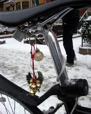 Holiday decorations on bike saddle in Boston