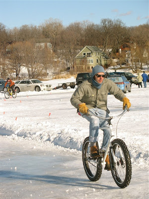 winter cyclist photo bike bicycle