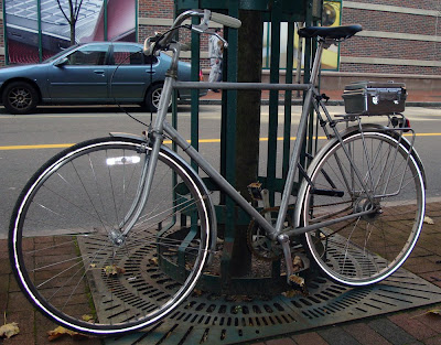 commuter Trek bike in Cambridge