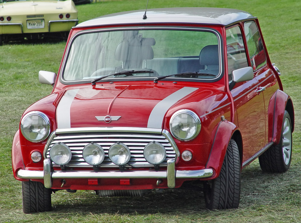 cars car parts and anything about cars i want mini cooper. Black Bedroom Furniture Sets. Home Design Ideas