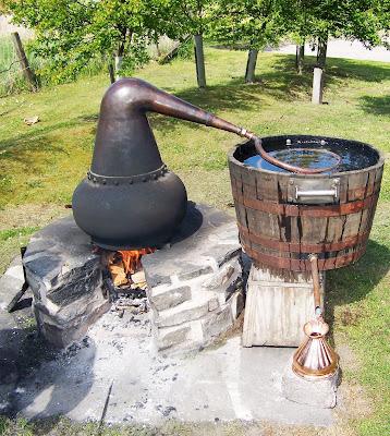 ... still plans moonshine still thumper stove top moonshine still plans