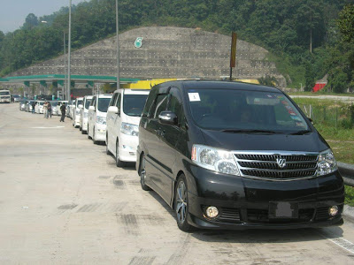 Toyota Alphard Convoy Waiting at Petronas Station