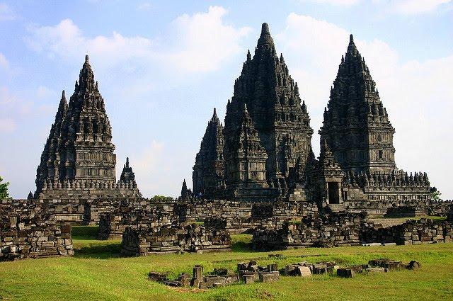 Candi Prambanan - Wisata Budaya di Yogyakarta