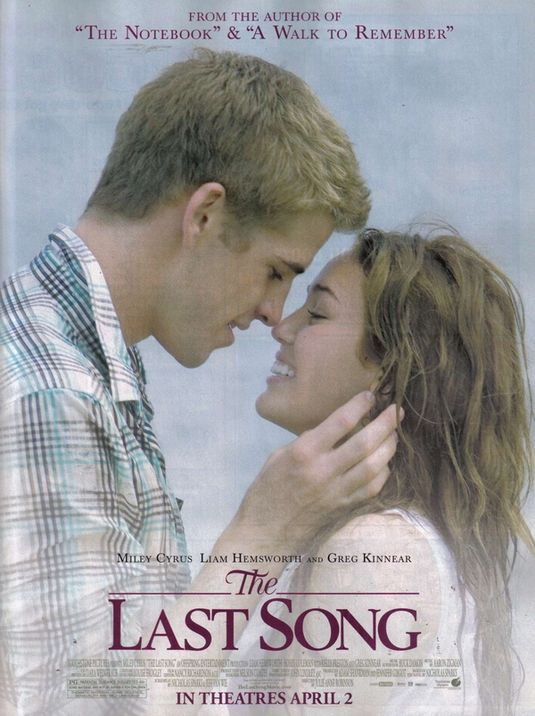 dave s movie site movie review the last song movie review the last song