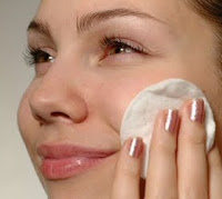 enlever le maquillage naturellement