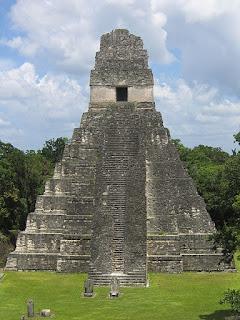 templo de tikal guatemala