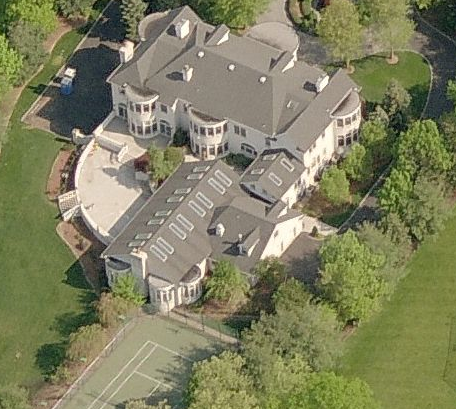 The Jonas Brothers To Buy Alpine Nj Mansion Homes Of