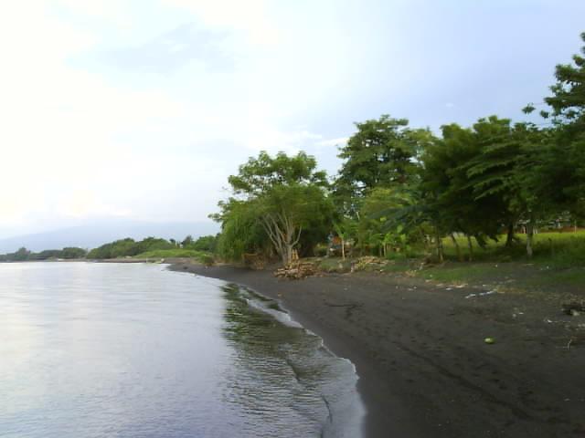 Pantai Raja Tama