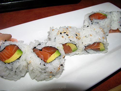 eel sushi roll with salmon spicy salmon avocado roll sushi roll in ...