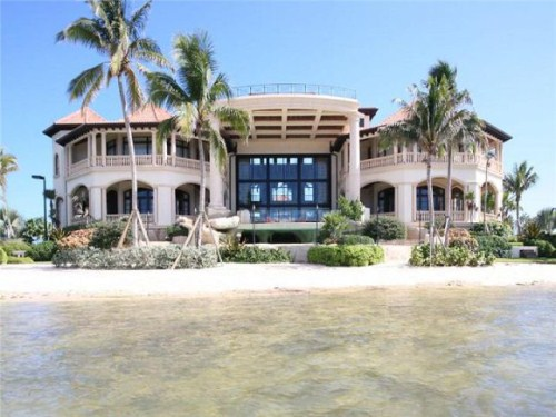 Facts around us beautiful island dream home luxurious for Beautiful rich houses