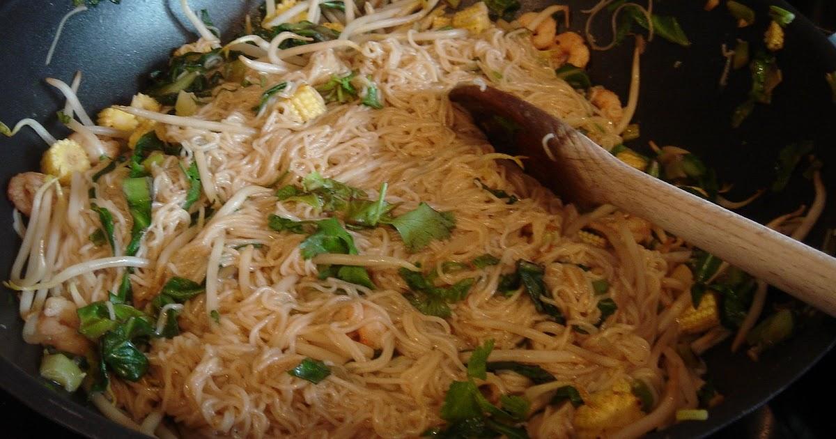 Seared Salmon With Singapore Noodles Recipe — Dishmaps