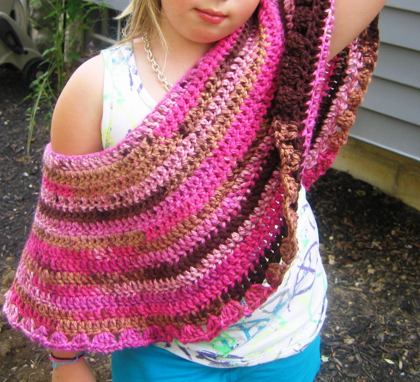 Crocheting Ponchos : ... By Annabelle: How to Crochet a Childs Poncho - 8 Quick and Easy Steps