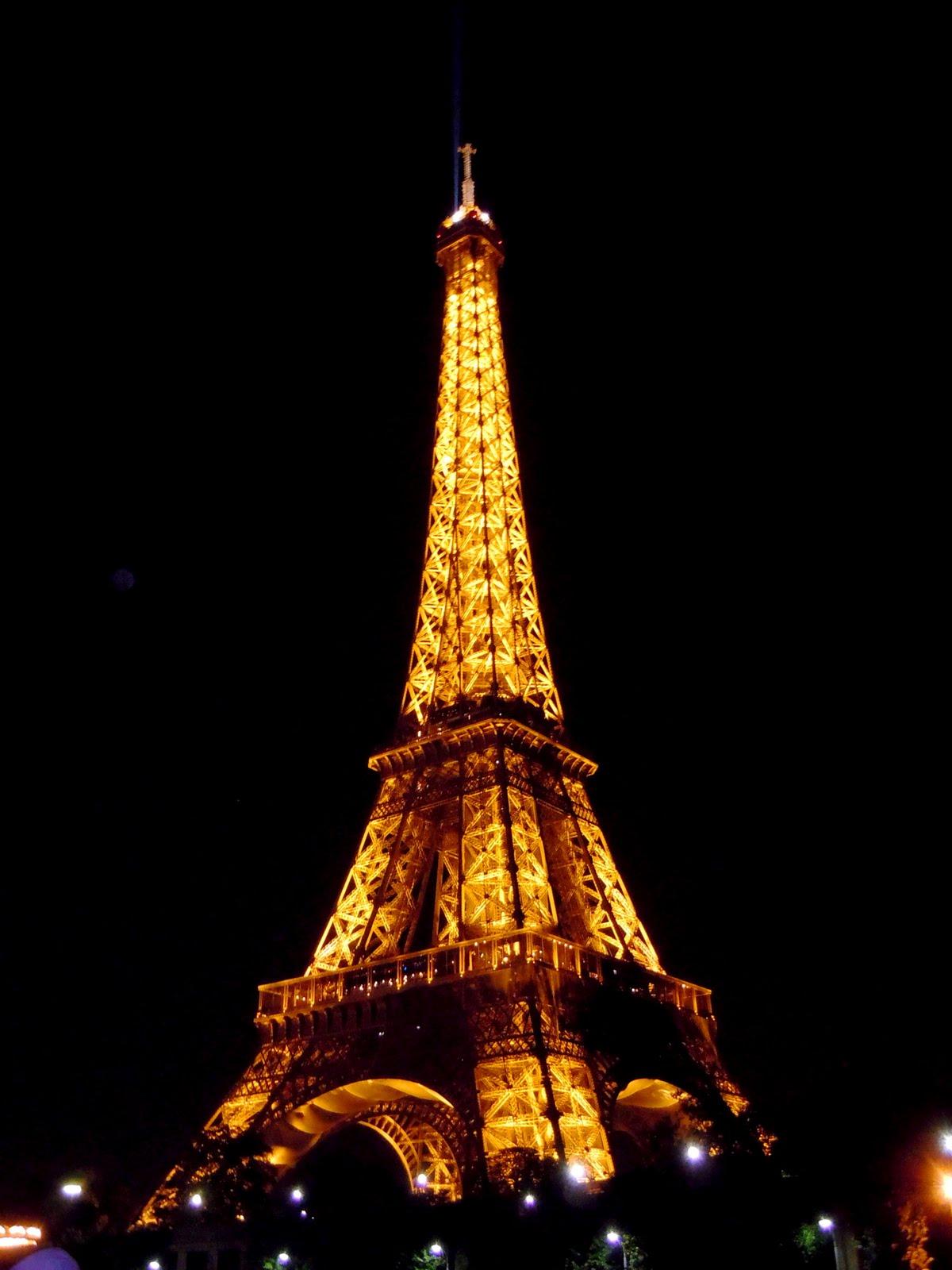 Fran ais babel la tour eiffel - Tour eiffel image ...